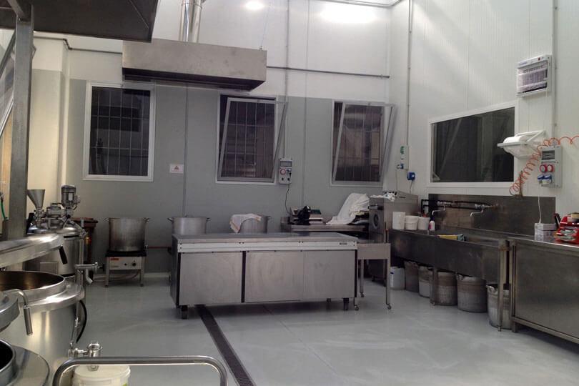 Luvirie Romagna, Sede Riccione, Laboratorio Artigianale
